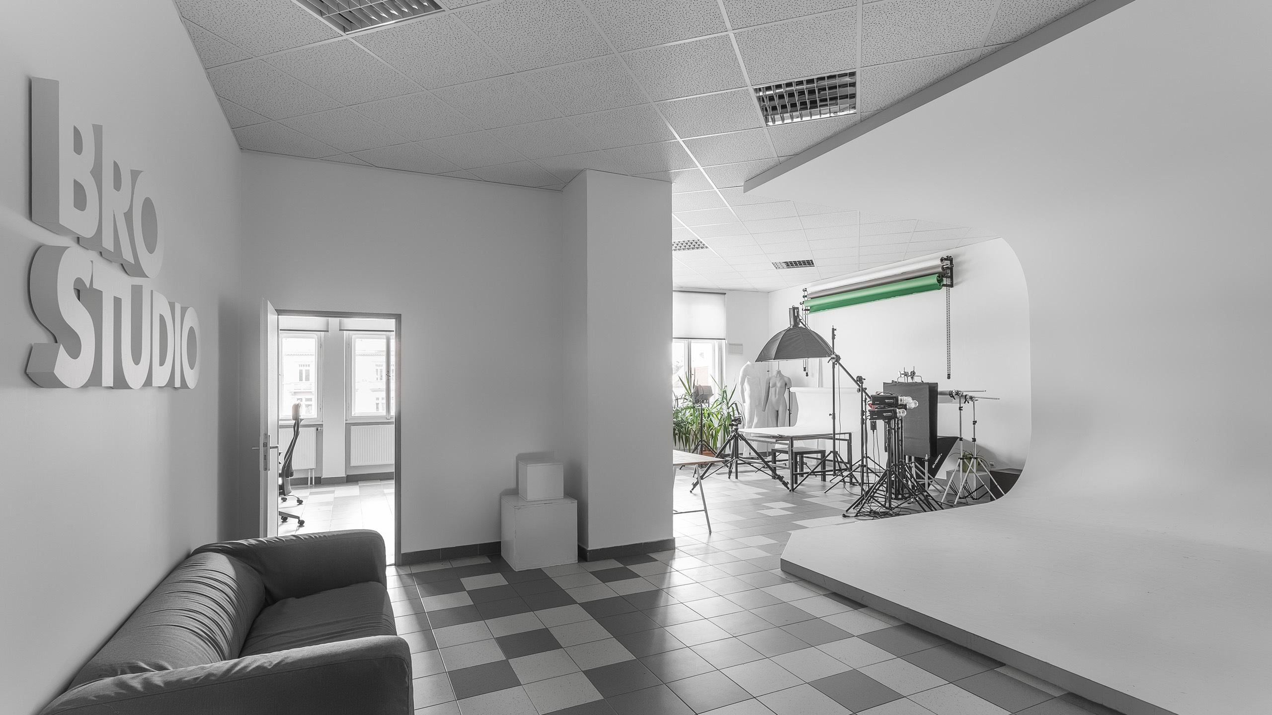 Brostudio - product photography studio closer