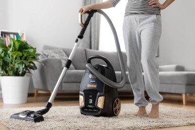 Lifestyle Photography   Electronics   Vacuum Cleaner